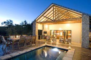 Thaba Moriri Lodge designed by Du Plessis Architecture